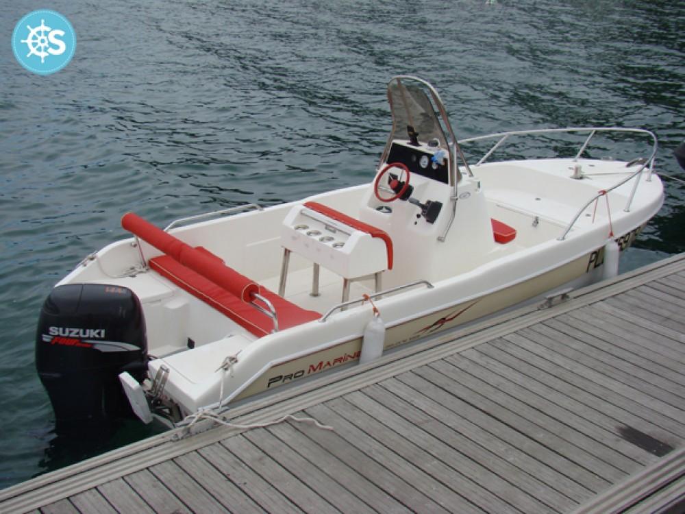 Alquiler Lancha Pro Marine con título de navegación