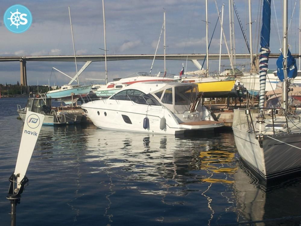 Alquiler de barcos Bénéteau Flyer Gran Turismo 38 enSausset-les-Pins en Samboat