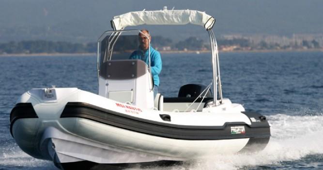 Alquiler de barcos Italboats Predator 650 enHyères en Samboat
