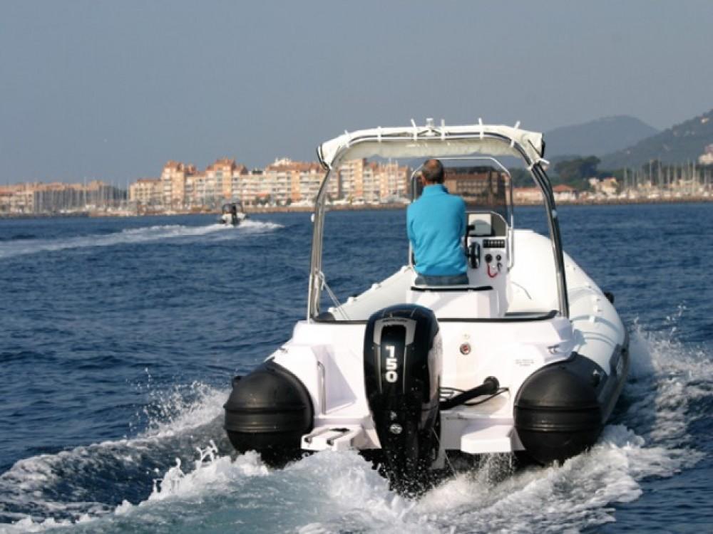 Alquiler de barcos Hyères barato de Predator 650