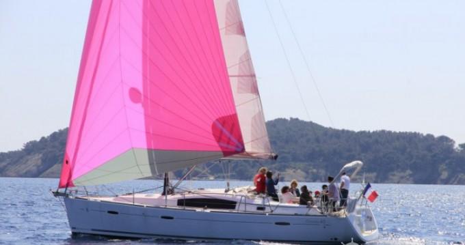 Alquiler de barcos La Ciotat barato de Oceanis 40