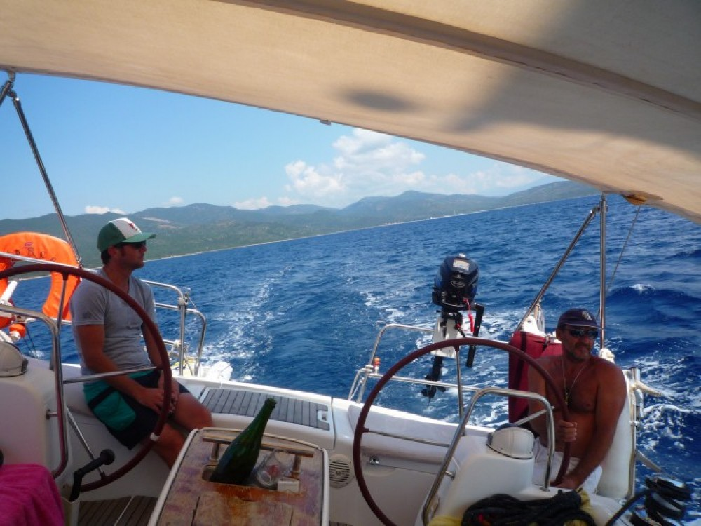 Alquiler de barcos Bénéteau Oceanis 43 enAjaccio en Samboat