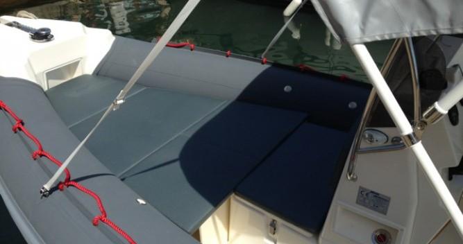 Alquiler de yate Hyères - Joker Boat Coaster 650 en SamBoat