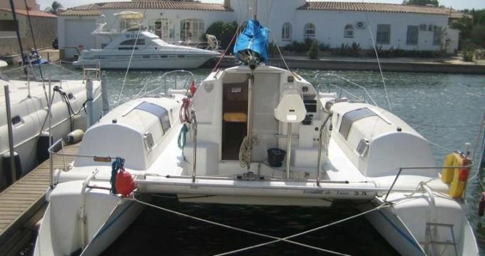 Catamarán para alquilar Katákolo al mejor precio