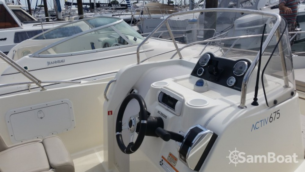 Alquiler de barcos Quicksilver Activ 675 Open enParentis-en-Born en Samboat