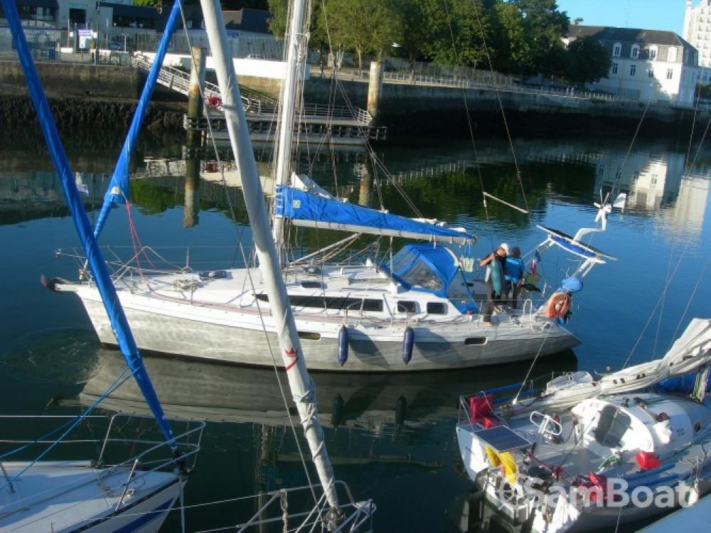 Alquiler de barcos Valle-di-Campoloro barato de Ovni 345 Di