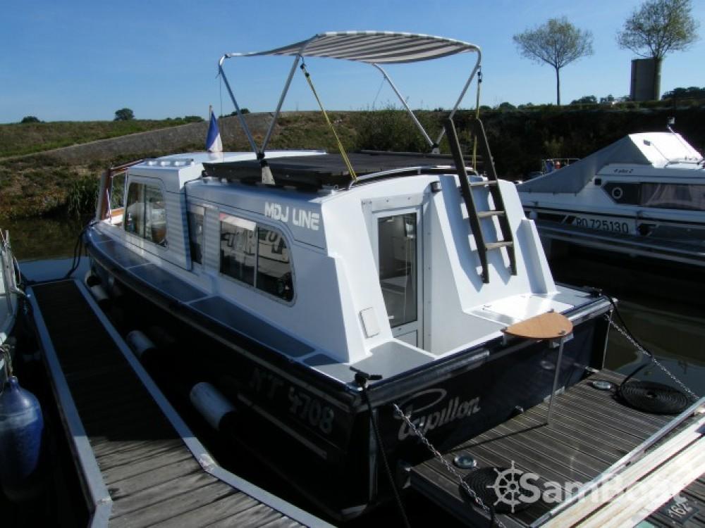 Alquiler Casa flotante Tuckermann con título de navegación