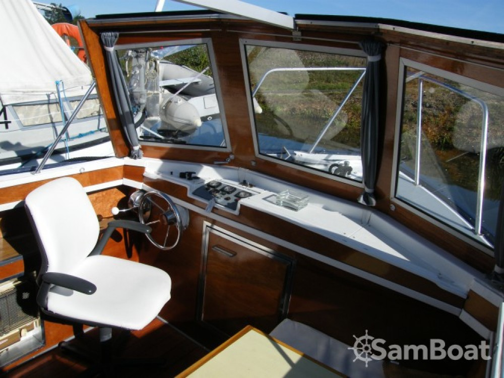 Tuckermann Houseboat entre particulares y profesional Guipry-Messac
