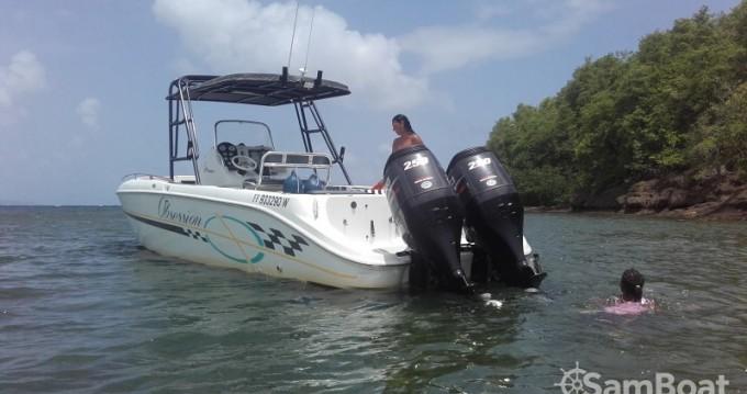 Alquiler de Baja sportfish en Le François
