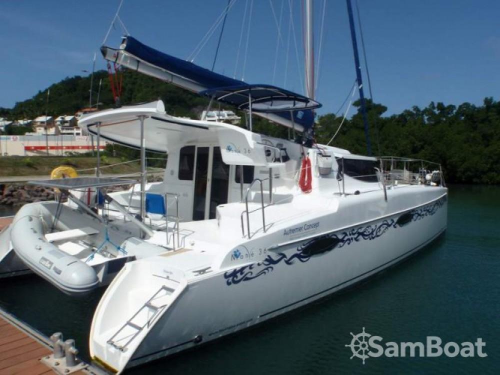 Alquiler de Catamarán, con o sin patrón Fountaine Pajot Martinica