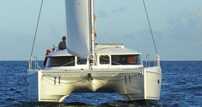 Alquiler Catamarán Lipari con título de navegación