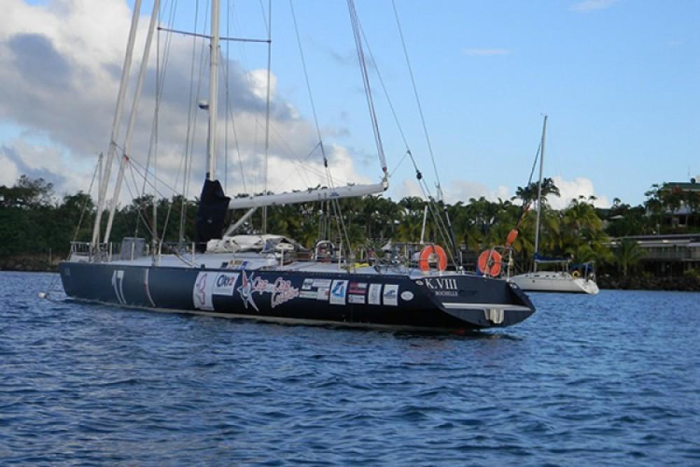 Alquiler Velero Mauric-Pouvreau con título de navegación