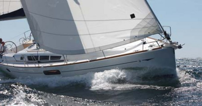 Alquiler de barcos Jeanneau Sun Odyssey 44i enDiélette en Samboat