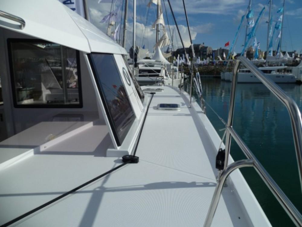 Alquiler de Catamarán, con o sin patrón Nautitech Martinica