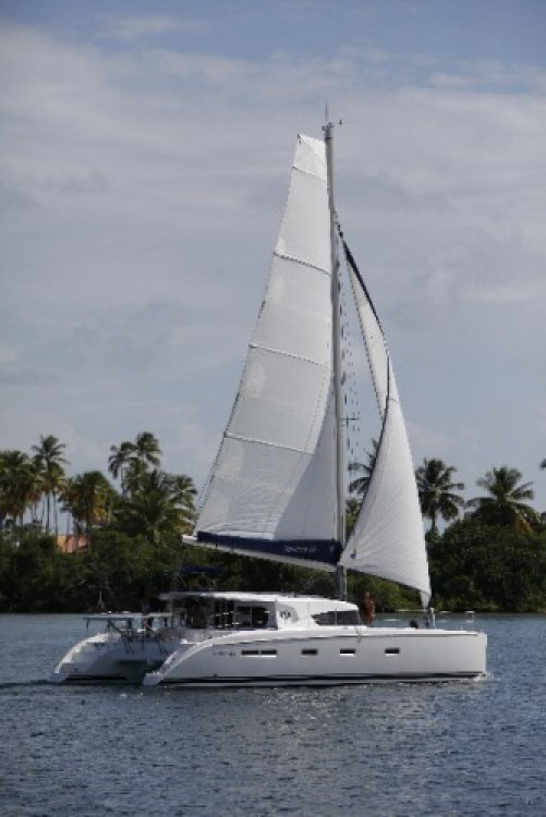 Alquiler de barcos Martinica barato de Nautitech 441