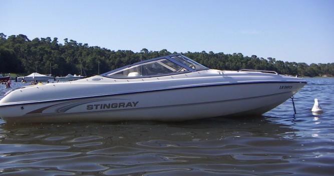 Alquiler Lancha Stingray con título de navegación