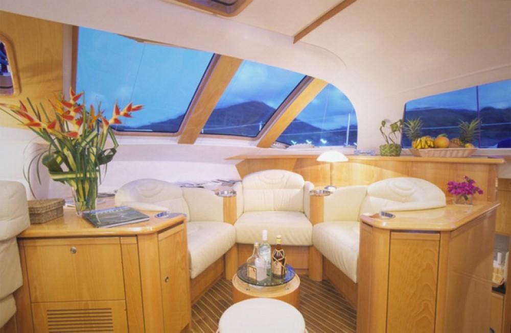 Alquiler de yate Ajaccio - Alliaura-Marine Privilege 585 en SamBoat