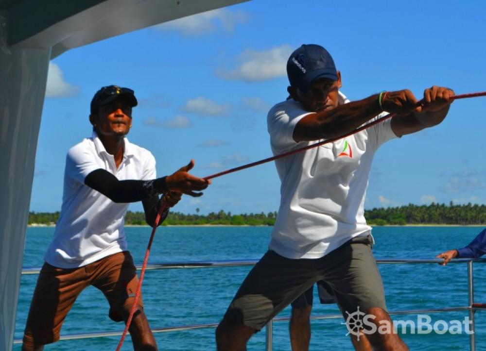 Alquiler de Catamaran-Jade One off 52' en Galle