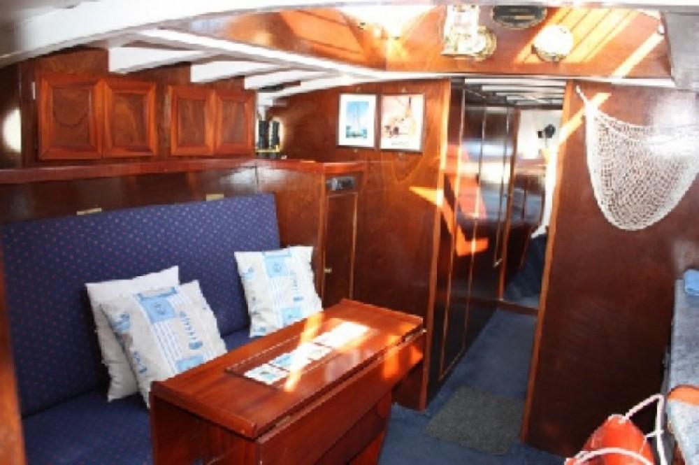 Alquiler Casa flotante Fox-And-Sons con título de navegación