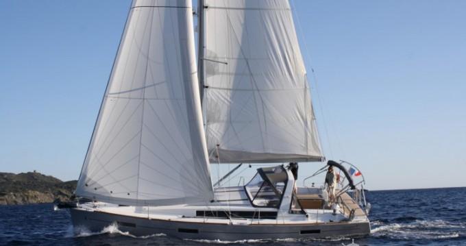Alquiler de yate Toulon - Bénéteau Oceanis 41 en SamBoat