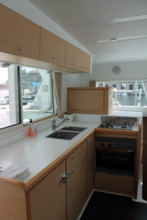 Lagoon Lagoon 420 entre particulares y profesional Antibes