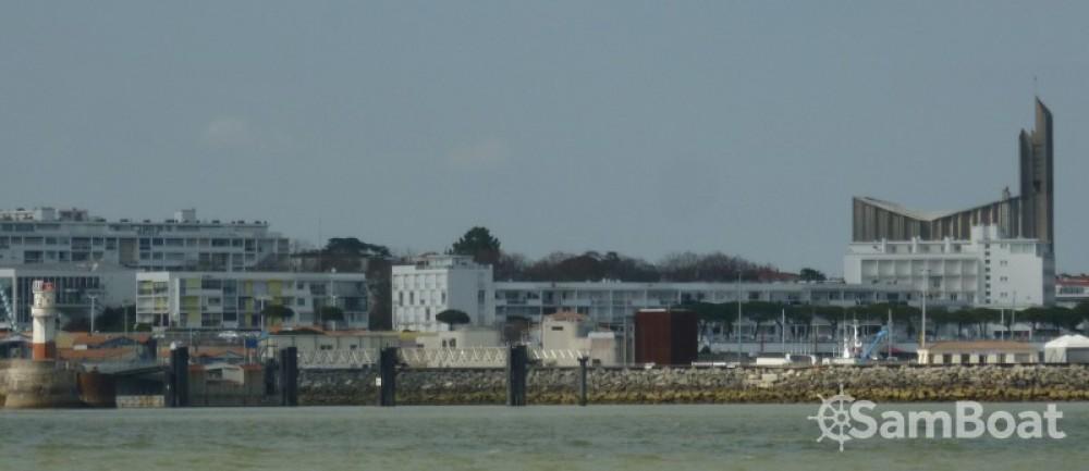 Alquiler de Bénéteau Oceanis 320 en Royan