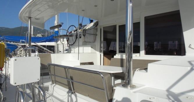 Alquiler de yate Propriano - Lagoon Lagoon 400 S2 en SamBoat