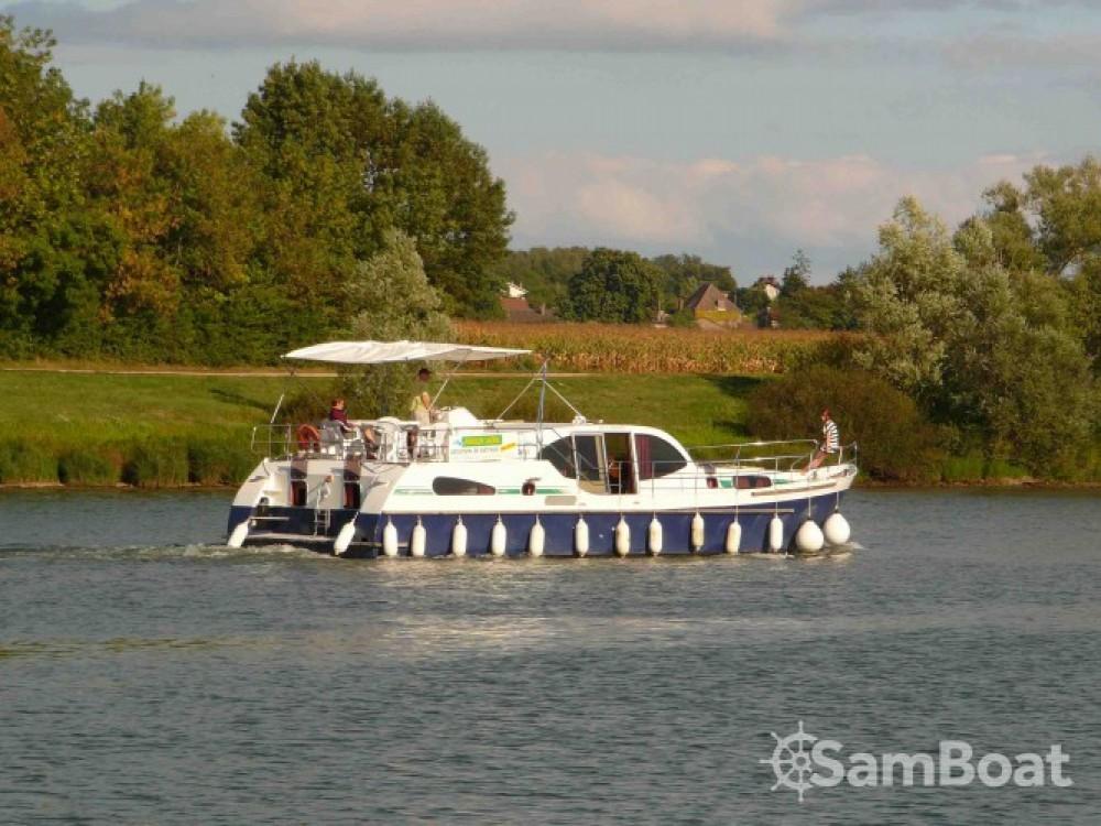Alquiler de barcos America America 50 enPort-d'Envaux en Samboat