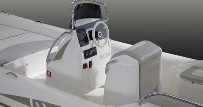 Alquiler de barcos Ajaccio barato de BSC 70 Classic