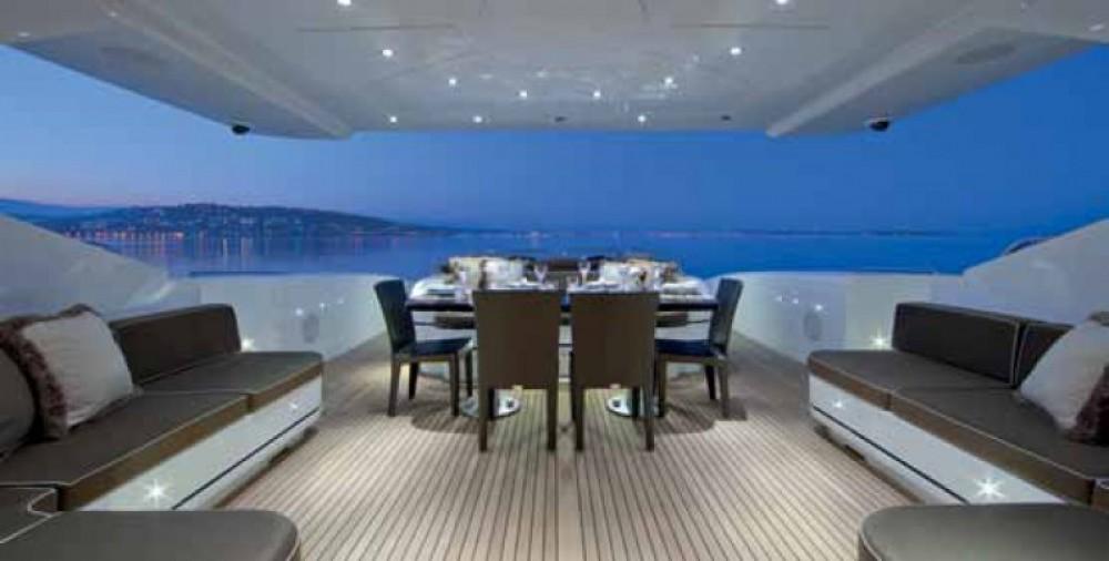 Alquiler de yate Mónaco - Mangusta Mangusta en SamBoat