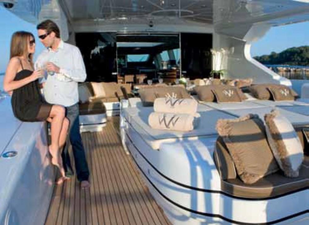 Alquiler de barcos Mónaco barato de Mangusta