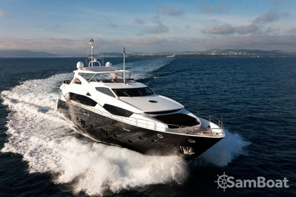 Alquiler de barcos Antibes barato de Sunseeker