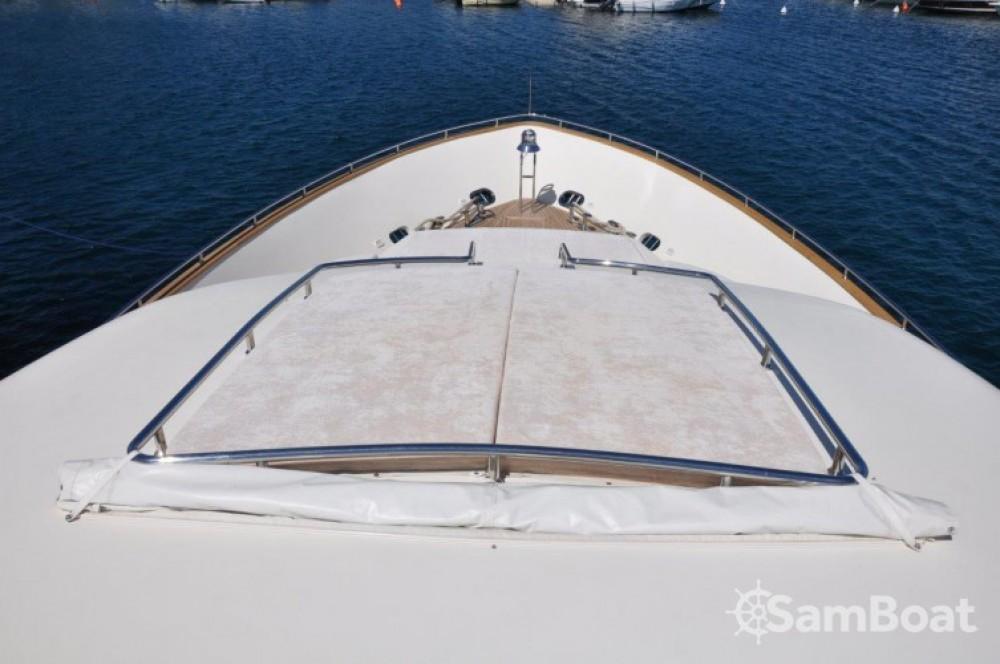 Alquiler Yates Canados con título de navegación