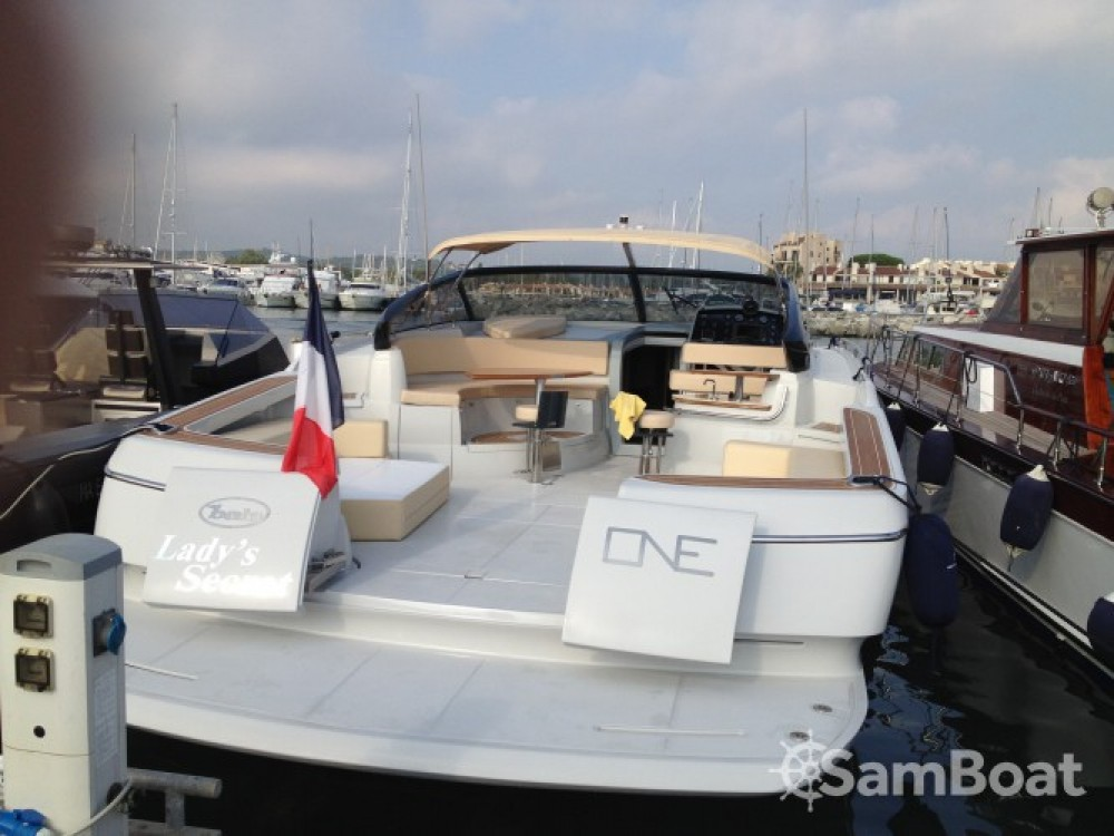 Alquiler de barcos Baia One 43 enCalvi en Samboat