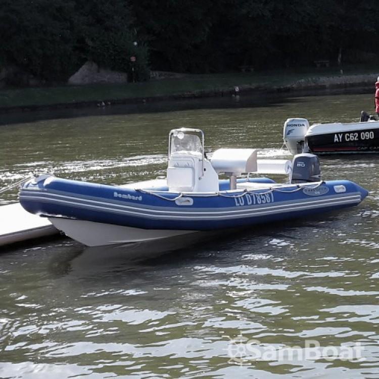 Alquiler de barcos La Trinité-sur-Mer barato de Explorer