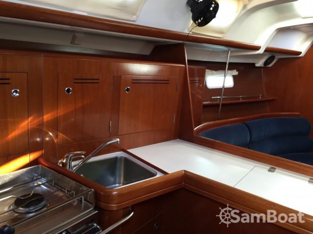 Alquiler de barcos Bandol barato de Oceanis 343 Clipper