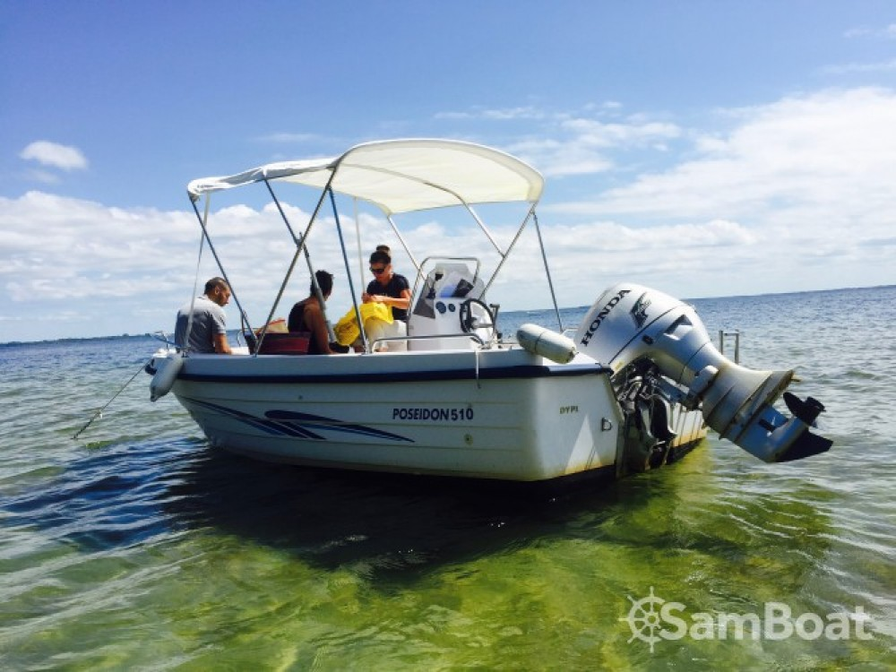 Alquiler de barcos Poseidon 510 Confort en en Samboat