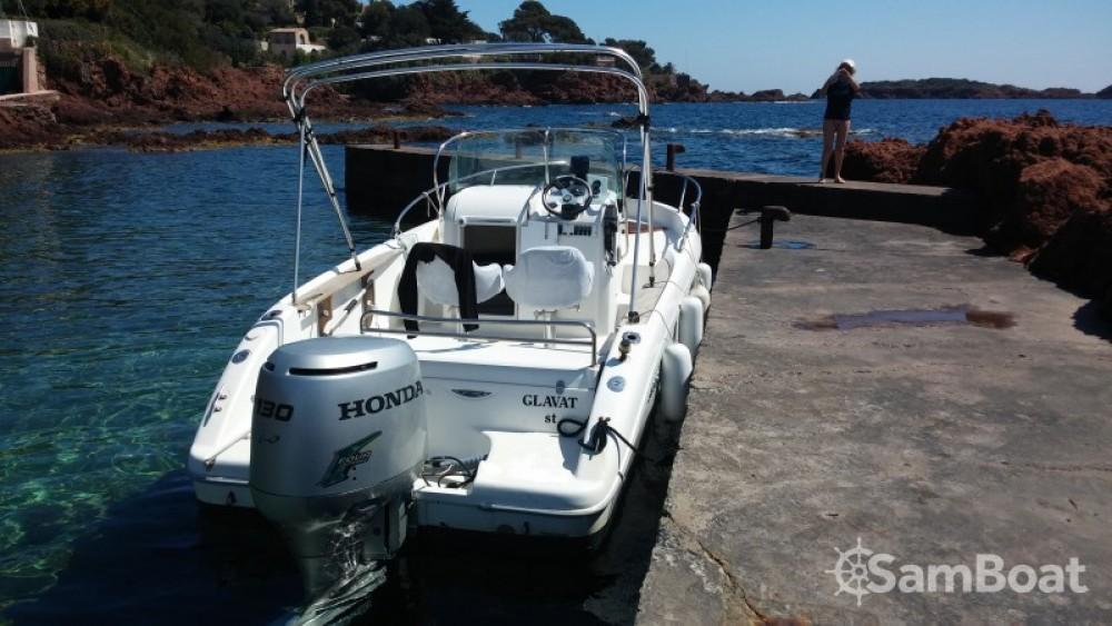 Alquiler de Sessa Marine Key Largo 20 en Saint-Raphaël