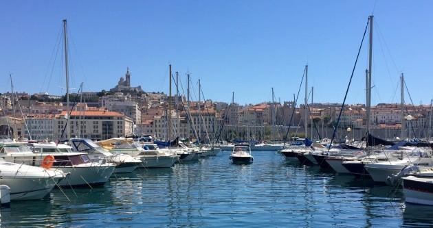 Alquiler de barcos Jeanneau Cap Camarat 545 WA enVieux-Port de Marseille en Samboat