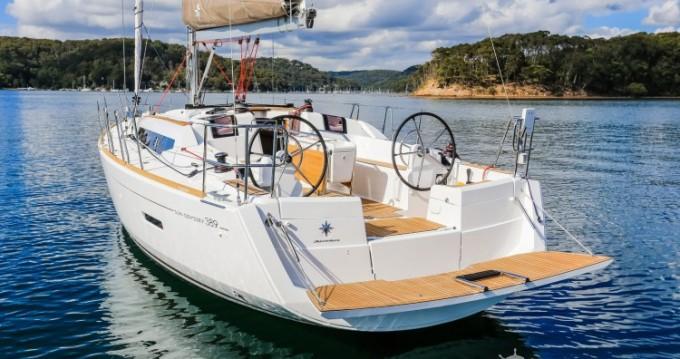 Alquiler de yate Port du Crouesty - Jeanneau Sun Odyssey 389 DL en SamBoat