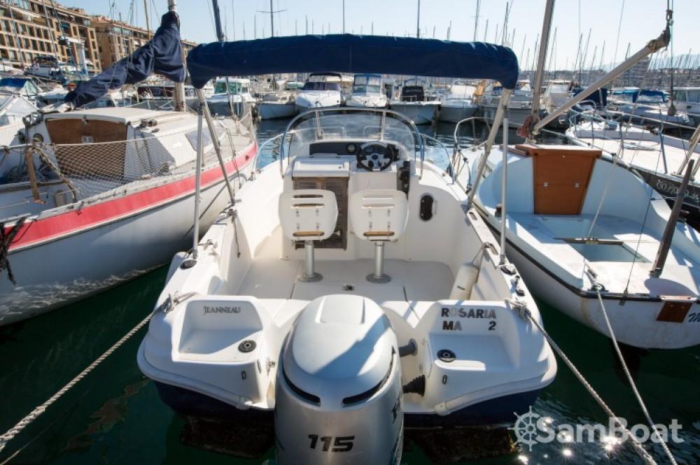 Alquiler de barcos  barato de Cap Camarat 545 WA