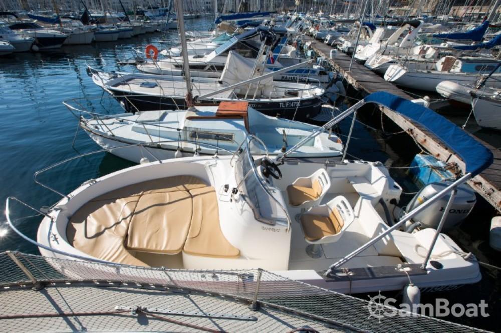 Jeanneau Cap Camarat 545 WA entre particulares y profesional