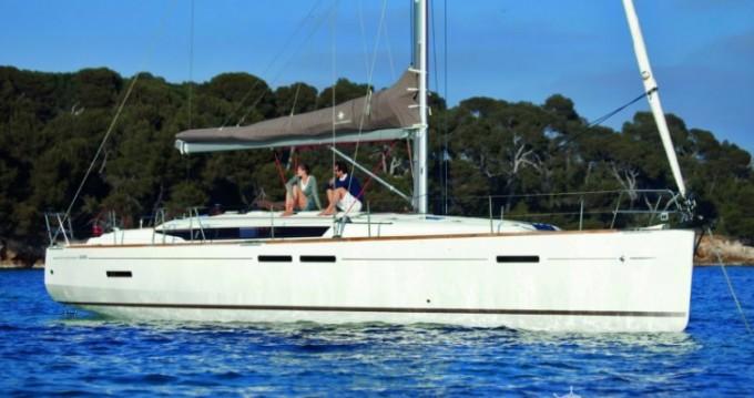 Alquiler de barcos Jeanneau Sun Odyssey 449 Q enPort du Crouesty en Samboat