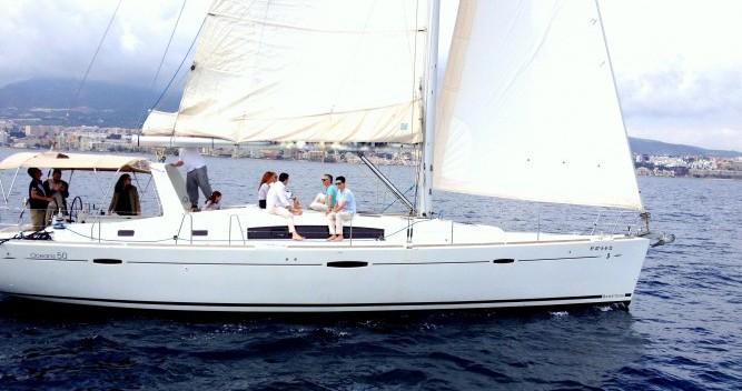 Alquiler de barcos Sant Antoni de Portmany barato de Oceanis 50 Family