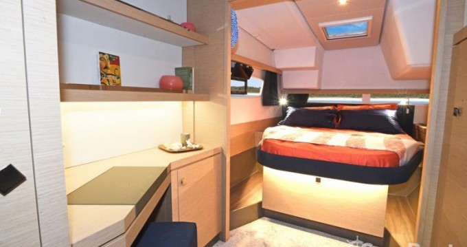 Fountaine Pajot Lucia 40 entre particulares y profesional Le Marin