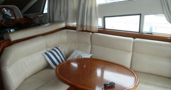 Alquiler de Arcoa 1107 Yacht flybrige en Les Roches-de-Condrieu