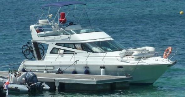 Arcoa 1107 Yacht flybrige entre particulares y profesional Les Roches-de-Condrieu