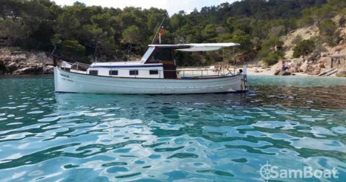 Alquiler de barcos Cala Tarida barato de Llaut copino 44
