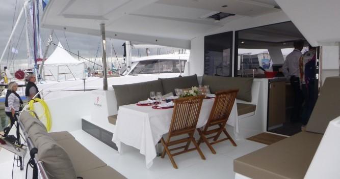 Alquiler de barcos Les Trois-Îlets barato de Lucia 40