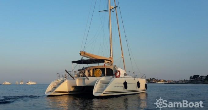 Catamarán para alquilar Antibes al mejor precio
